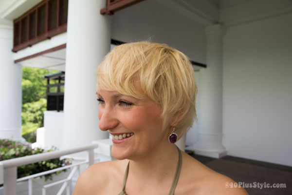 short blond hairstyle | 40plusstyle.com
