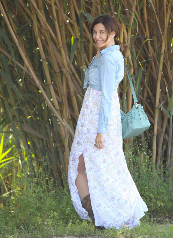 romantic and sweet in a pastel maxi dress | 40plusstyle.com