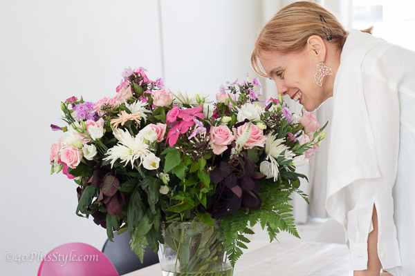 appreciating the flowers | 40plusstyle.com