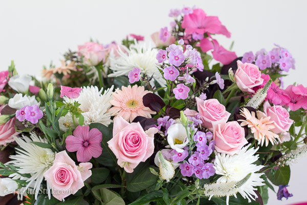 beautiful pink flowers with roses | 40plusstyle.com