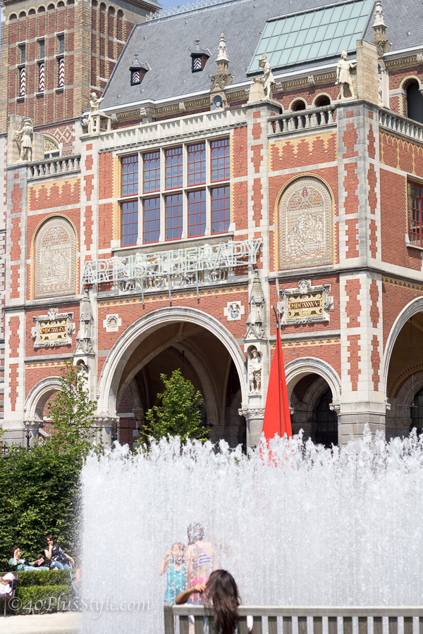 Rijksmuseum in Amsterdam | 40plusstyle.com
