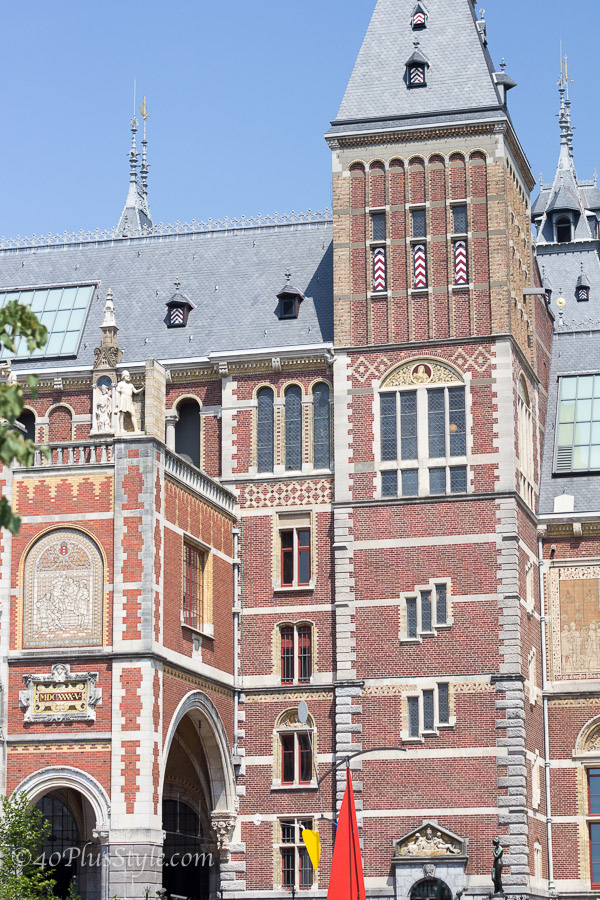 The back of Rijksmuseum Amsterdam | 40plusstyle.com