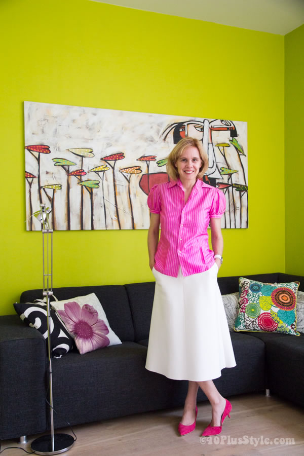 Trying something new with a fuchsia puffed sleeve blouse on white!