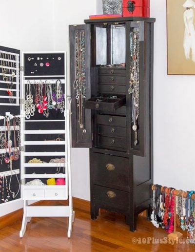 How To Store Jewelry | 40plusstyle.com