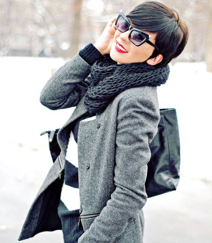 Combining a pixie haircut with a great winter outfit | 40plusstyle.com