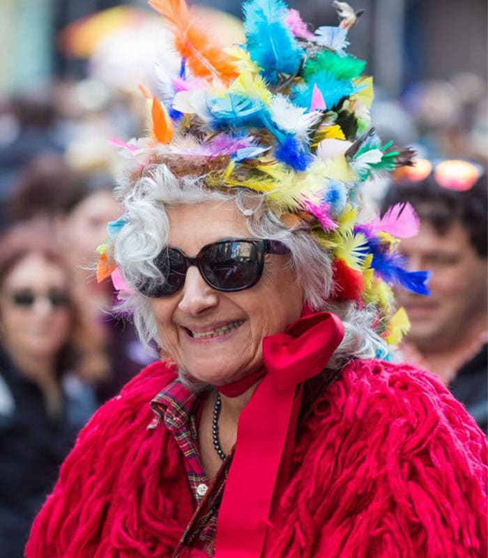 Having fun and looking chic at the Easter Parade in New York – 18 fabulous outfits!
