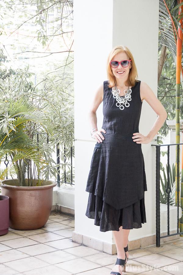 Black linen dress | 40plusstyle.com