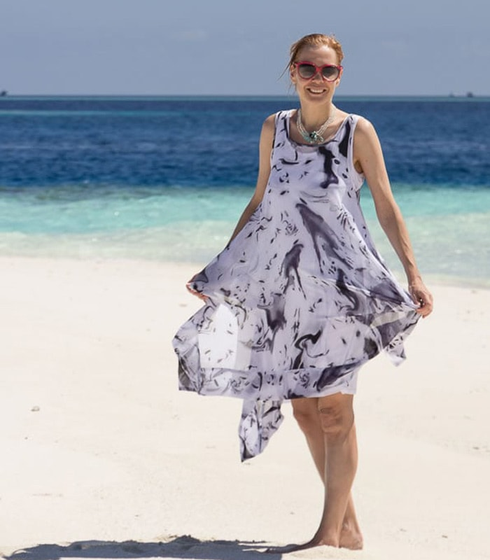 A dress with movement for a beautiful summer day
