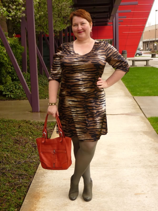 natalia4How to embrace color and print and play with your style! - A style interview with Natalia   40plusstyle.com