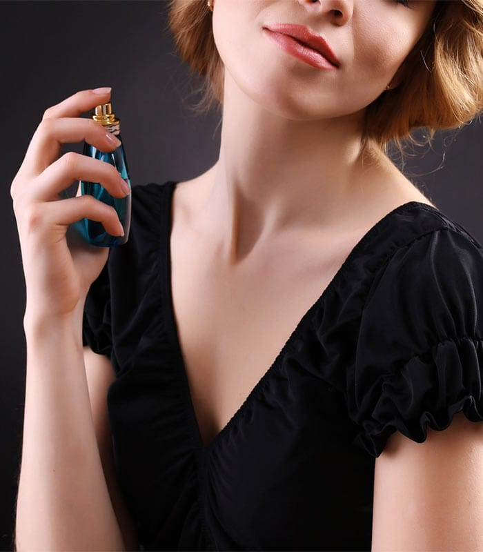 How to wear perfume the right way and not annoy other people