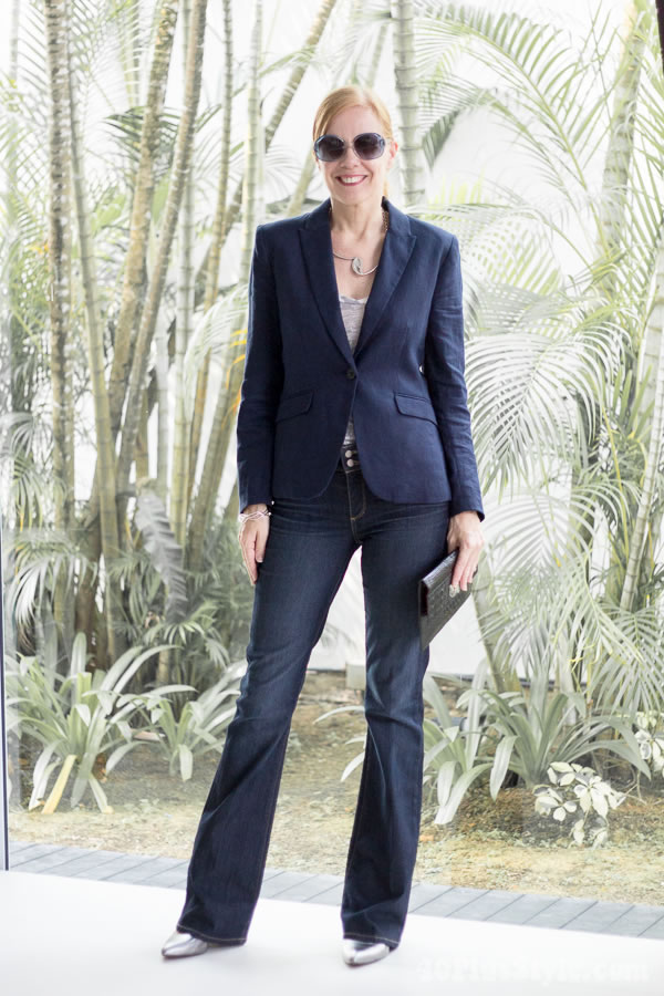 lengthening your legs with wide leg pants | 40plusstyle.com