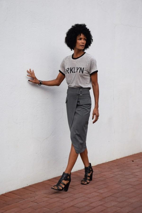 Diana Tomboy Chic Pencil Skirt T-shirt | 40plusstyle.com