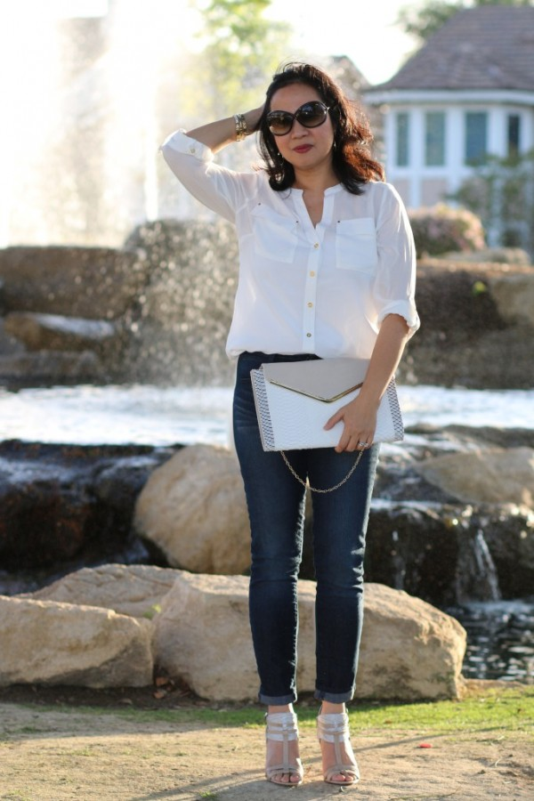 heels jeans white oxford travel style | 40plusstyle.com