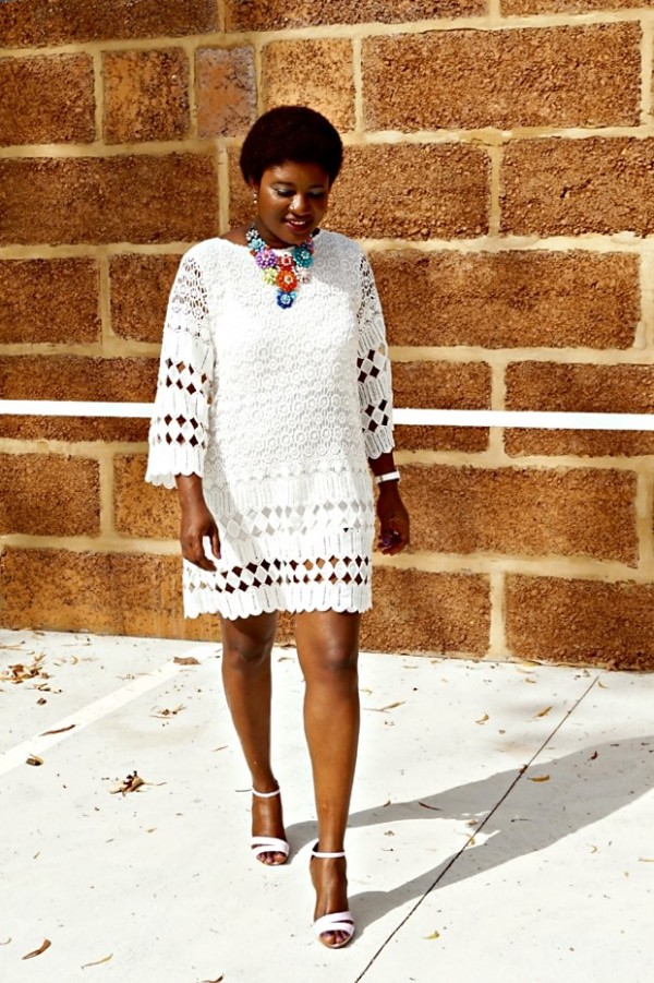 Classic and vibrant with a whole lot of ethnic vibes - A style interview with Elsie| 40plusstyle.com
