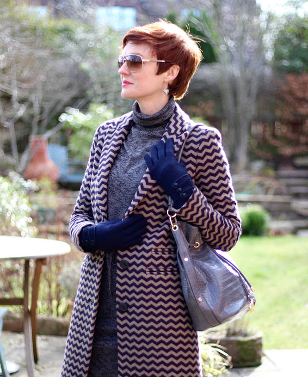 Printed coat for spring and winter style Interview Fake Fabulous | 40plusstyle.com