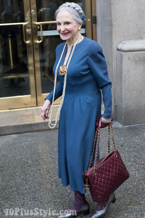 Joyce Carpati classic pearls outfit | 40plusstyle.com