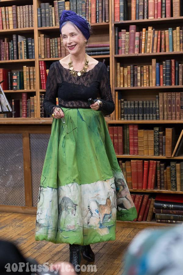 Beatrix Ost lace outfit | 40plusstyle.com
