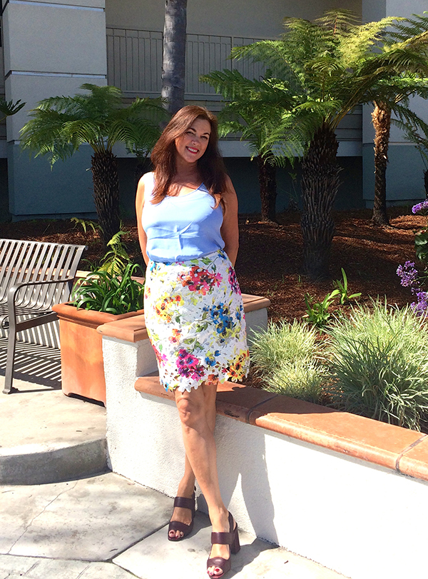 Floral pencil skirt outfit   40plusstyle.com