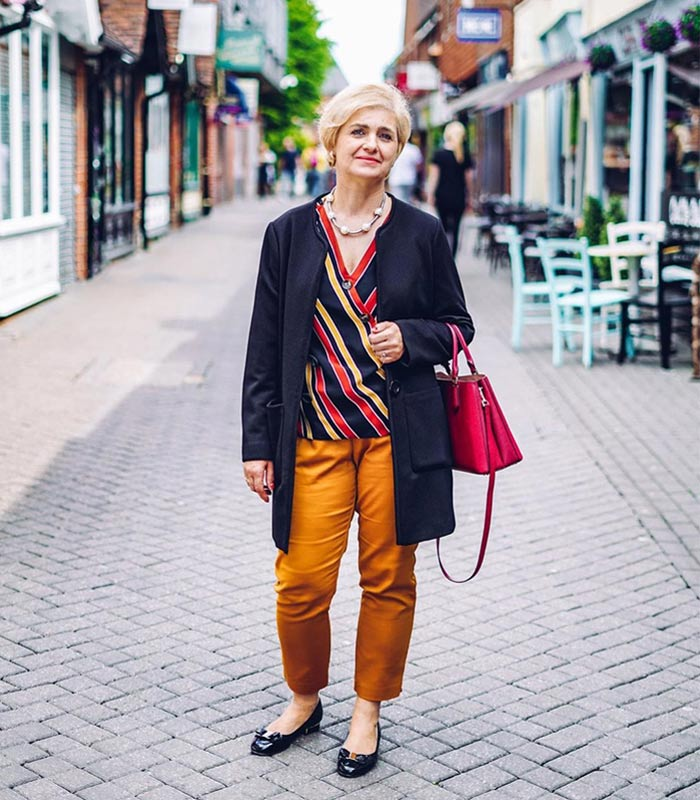 How to wear flat shoes and not look frumpy | 40plusstyle.com