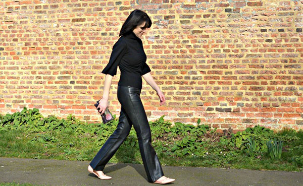 Styling leather pants | 40plusstyle.com