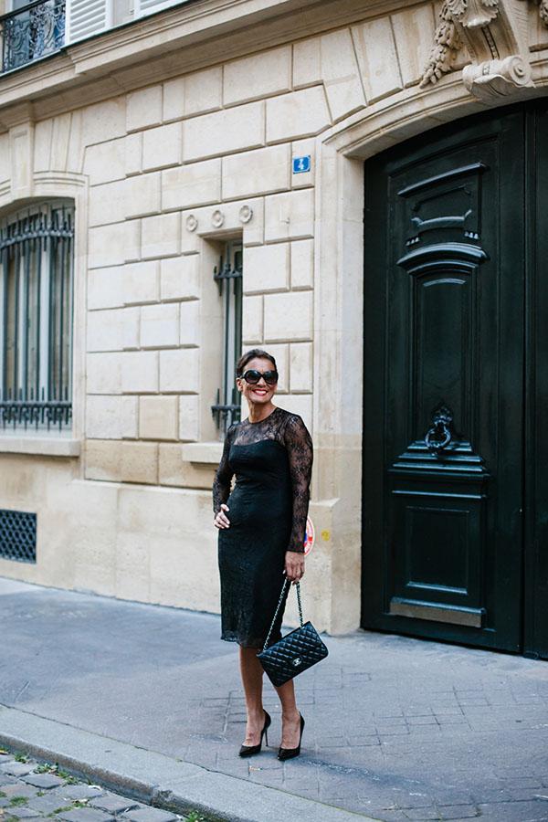 Little black dress outfit: Givenchy black lace dress with Gucci vintage bag | 40plusstyle.com