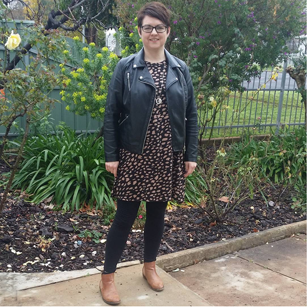 #40plusstyle inspiration: leather jacket styled with a tunic and leggings   40plusstyle.com