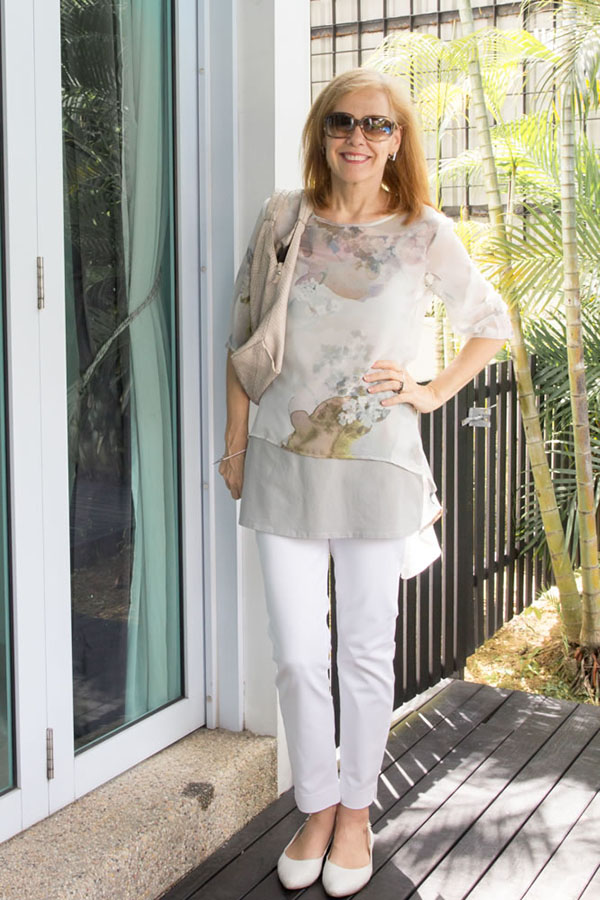 Stylish outfit idea: skinny 7/8 pants with a sheer top and pointed toe shoes   40plusstyle.com