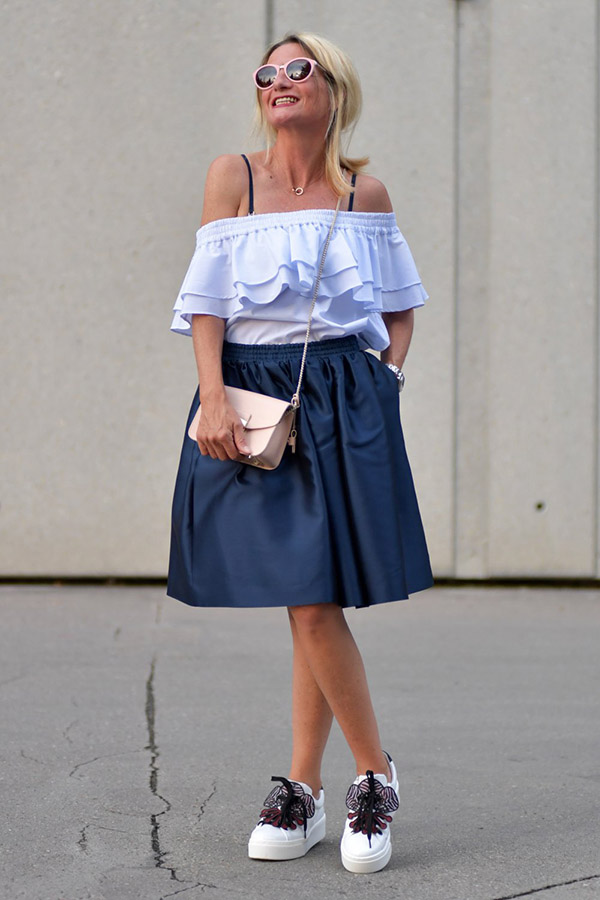 White ruffled off-shoulder top | 40plusstyle.com