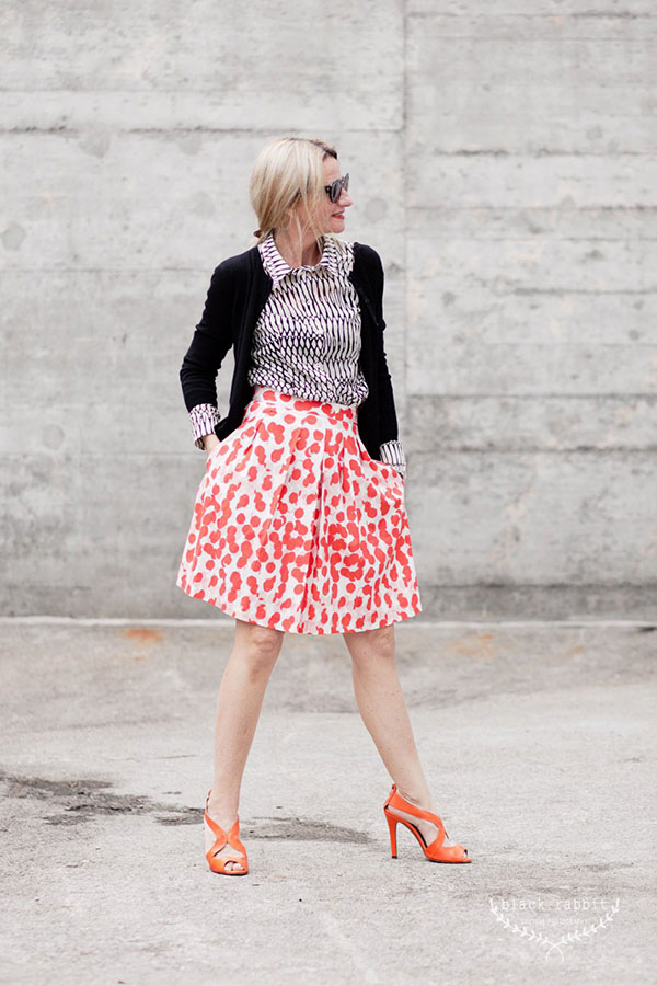Eclectic fashion inspiration: mixing patterns | 40plusstyle.com