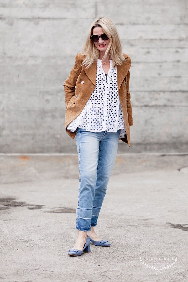 Fun outfit ideas: vintage jacket with heels | 40plusstyle.com