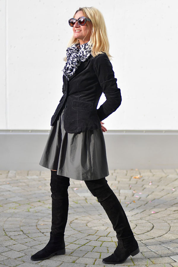 stylish-fall-black-outfit-idea