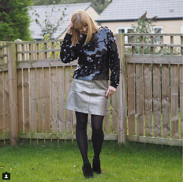 #40plusstyle Inspiration: chic and mod leggings with a ssequined top | 40plusstyle.com