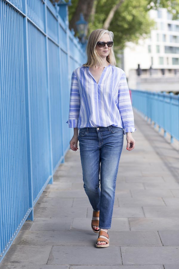Minimal outfit idea: blue striped blouse with a comfy pair of jeans | 40plusstyle.com