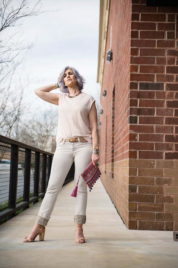 Accessories and a touch of color - A  style interview with Lisa | 40plusstyle.com