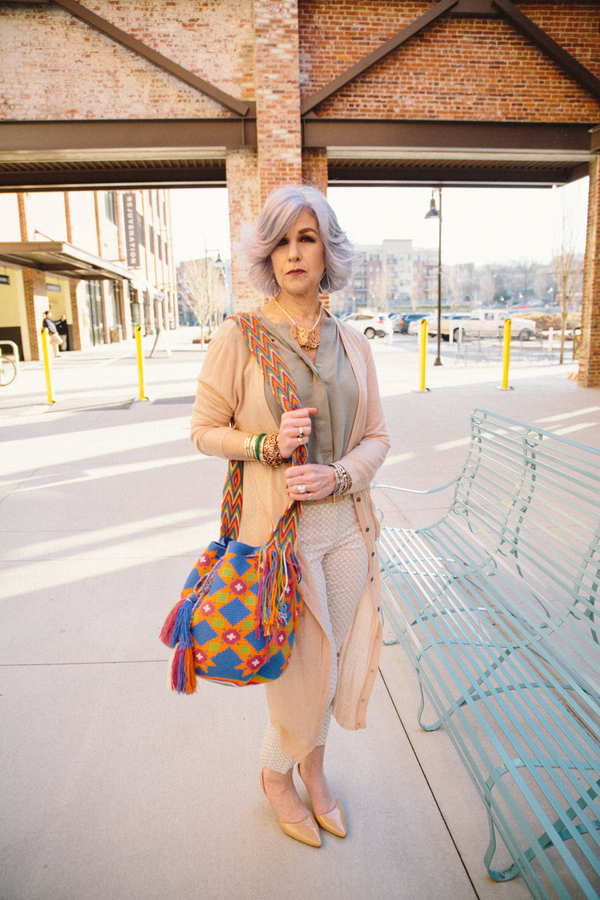 Ideas on how to style a bohemian bag | 40plusstyle.com