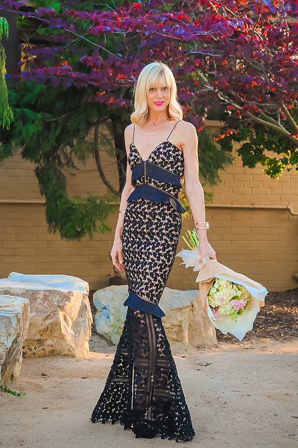 Sophisticated dress: Black laced mermaid tail dress