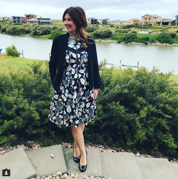 #40plusstyle inspiration: chic floral dress   40plusstyle.com
