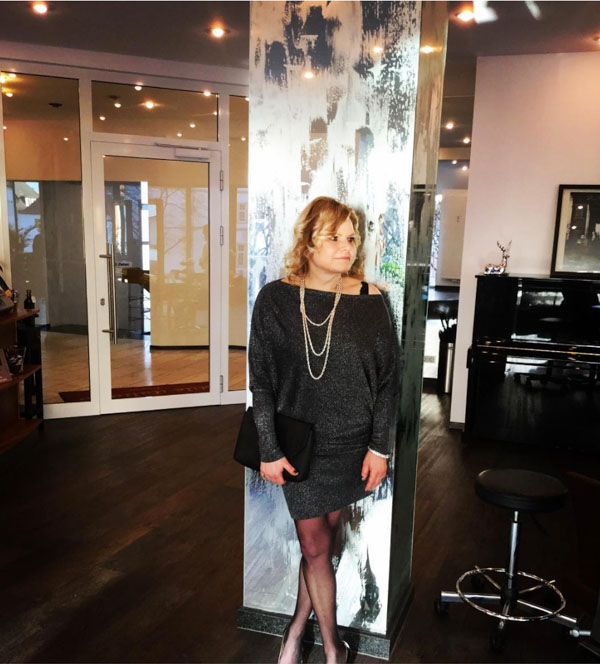 Off shoulder dress | 40plusstyle.com