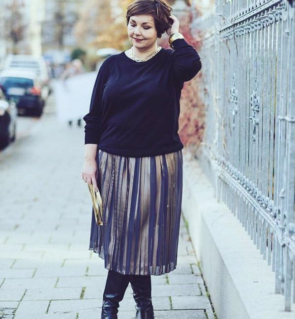 Pleated skirt | 40plusstyle.com