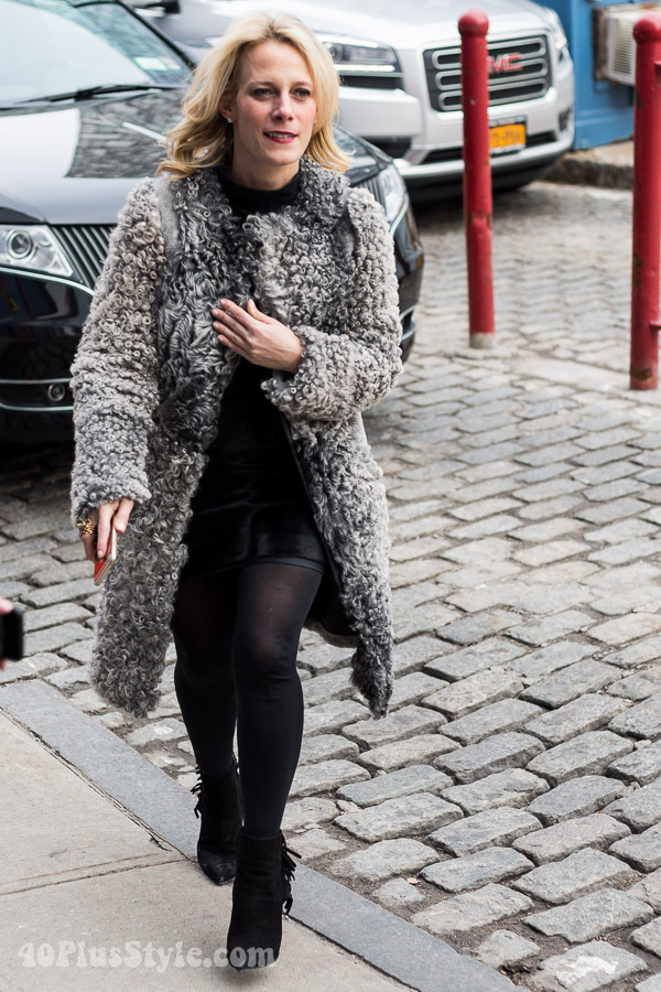 Long coat with wool texture | 40plusstyle.com