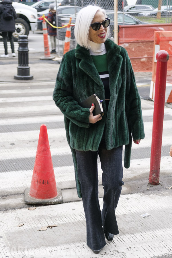 40+Style inspiration: Linda Fargo at New York Fashion Week | 40plusstyle.com