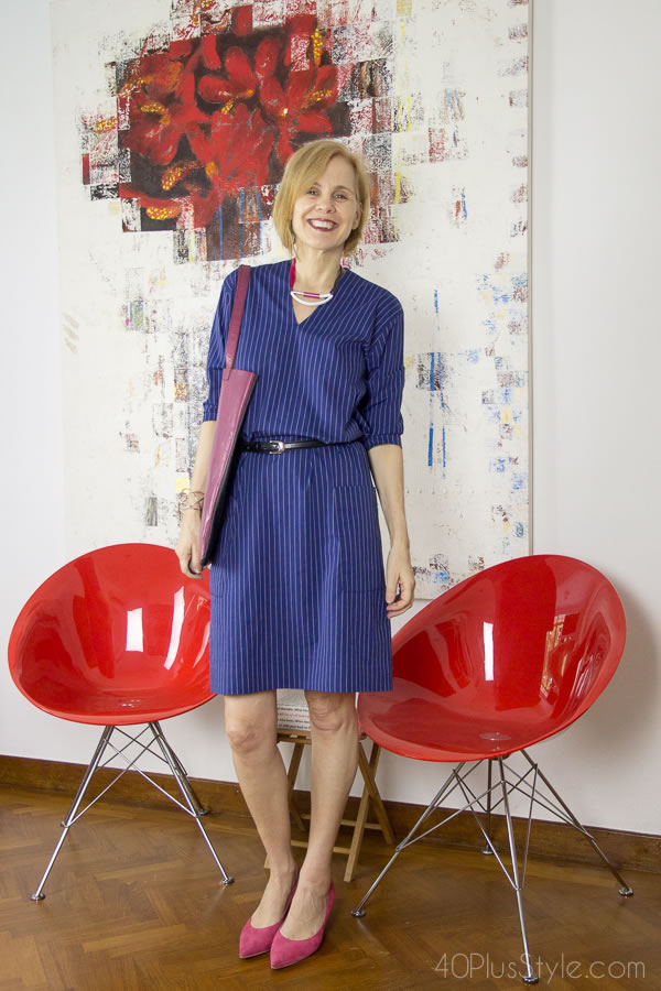 Blue striped dress with fuchsia pumps   40plusstyle.com