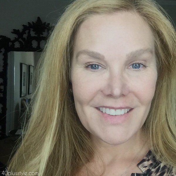 How to apply makeup over 40 | 40plusstyle.com