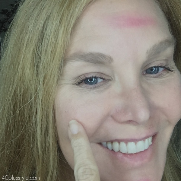Creating a no makeup look   40plusstyle.com