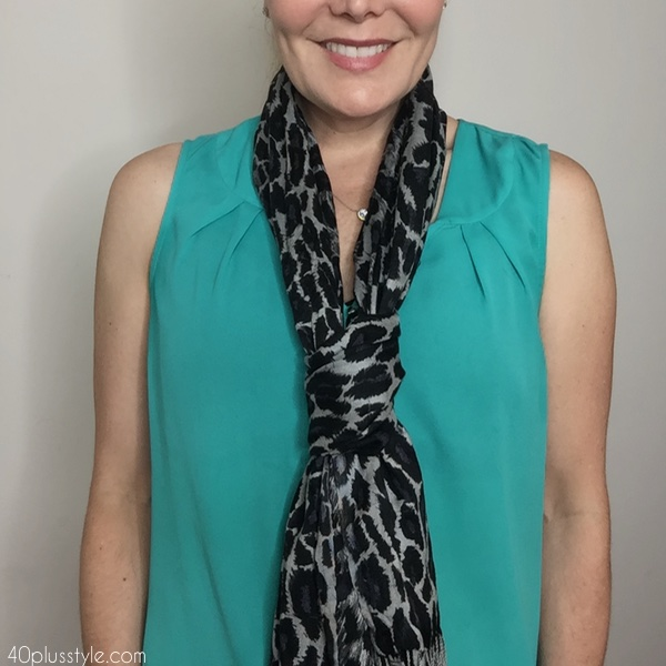 5 ways to tie a scarf | 40plusstyle.com
