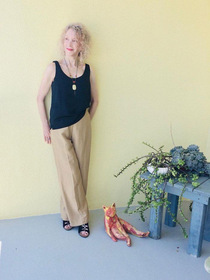 Patti wearing sleeveless top   40plusstyle.com