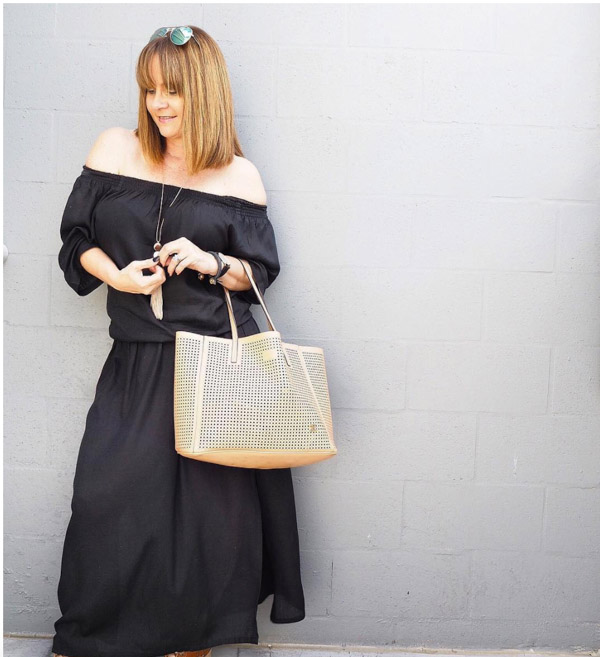 A neutral tote is stylish for the summer and the other seasons as well! | 40plusstyle.com