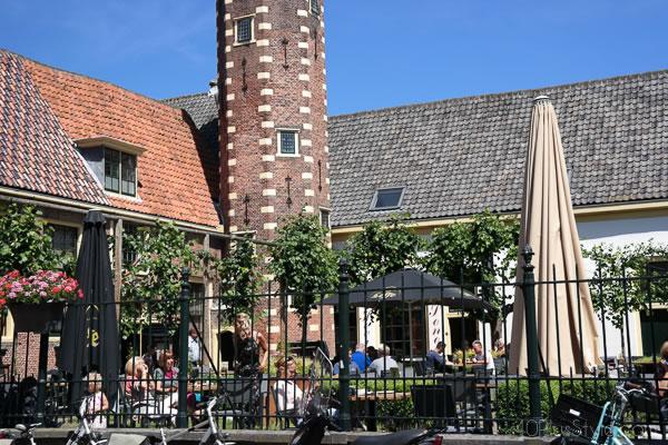 Terraces in Alkmaar   40plusstyle.com
