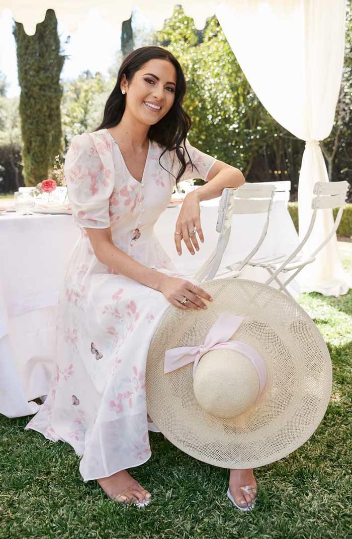 wear a sunhat   40plusstyle.com