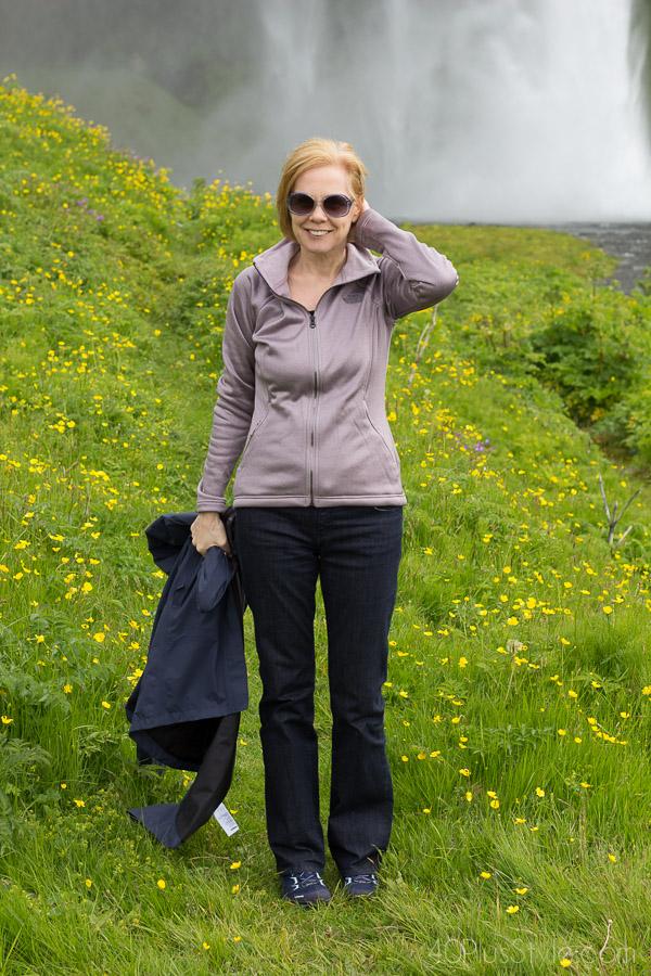 Comfortable and stylish fleece jacket for travel | 40plusstyle.com